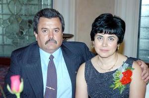Víctor Manuel González y Liliana R. de González.