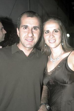 <b>12 de julio</b><p> Jorge Batarse y Miriam de Batarse.