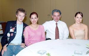 Jylma Ysais, Gerardo Martínez, Maribel de la Cruz y Félix Kolbe.