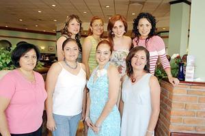 <b>13 de julio 2005</b><p>  Liliana Gisela Ríos Mares disfrutó de un festejo pre nupcial que le organizaron Claudia Montellano, Ana Elisa de Lara, Georgina Solorio, Laura Quiñones, Sandra Cisneros, Ana Vargas y María Elena Cruz.