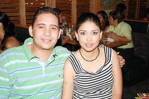 Víctor Hugo Márquez y Claudia Martínez.