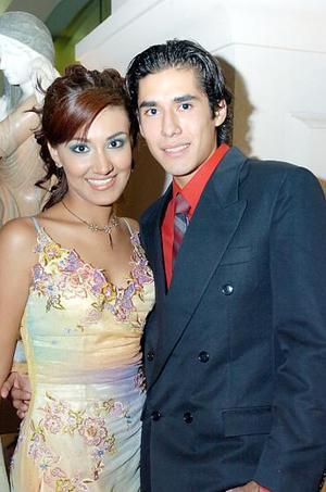 Ana Paola de la Cruz y Alejandro Rangel.