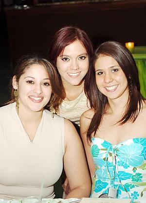 Pamela Castañeda, Cecy Verástegui y Arely Gómez.