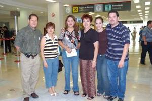 Gustavo Mares, Susana Herrera, Martha Ibarra, Pamela Ruiz, Ricardo Ruiz y Elizabeth Trujillo viajaron al DF.