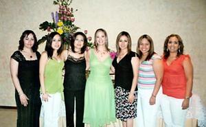 Verónica Ledesma junto a sus amigas Paty Esperón, Angélica Quintero, Sandra Galindo, Dalia Rodríguez, Sofía Moruaga y Jeaninne Molina.