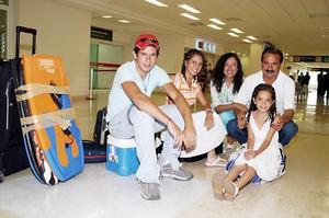 Jorge Zarzar, Yanira Arizpe de Zarzar, Estefy Domínguez Zarzar, Jorge y Miriam Zarzar Arizpe.