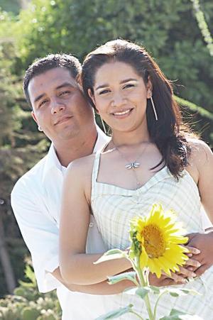 <b>15 de julio</b><p>  Daniel Ernesto González Torres y Socorro de la Luz Muñoz Yáñez.