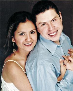 Luz Adriana Campos y Gerardo Reyes Pimentel.