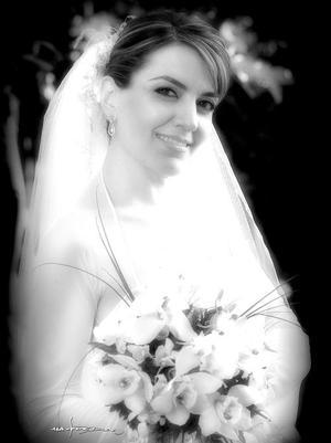 C.P. María del Pilar Aguirre Zozaya, el día de su enlace matrimonial con el Lic. Luis Salazar Medina. <p> <i>Estudio: Maqueda</i>