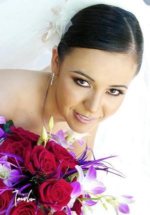 Lic. Marcela Sanchez Pámanes unió su vida en ceremonia religiosa a la del Lic. José Luis Trasfí Castro.