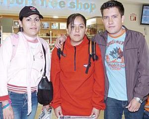 Liliana Ochoa, Gabriela Montufar y Edson Pampa llegaron del DF.