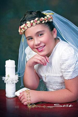 Gabriela Orozco Ruelas recibió la Sagrada Eucaristía de la Comuníón, el Domingo diez de julio de 2005.