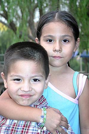 Jorgito y Valeria Juárez Orozco.