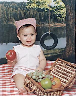 Paola Itzel Briceño de los Santos, en una imagen de estudio a sus diez meses de edad.