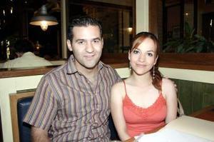<b>18 de julio</b><p> Raúl Ramírez y Pily García.