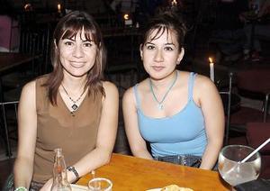 Janet Vázquez y Margarita Gutiérrez.