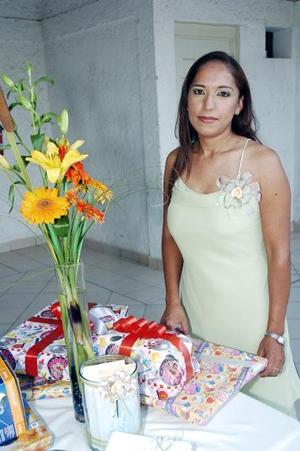 Por su próximo enlace matrimonial con Gabriel Granados Gutiérrez, Lucía Lozano Lavat disfrutó de una despedida de soltera.