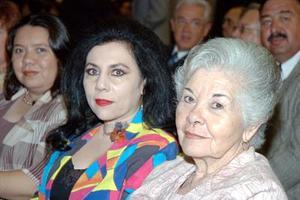 Bertha del Valle y Gerarda Rivera.
