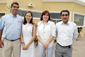 Edilberto Zúñiga, Mayela de Zúñiga, Georgina y Gerardo González.