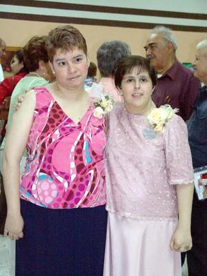 Las expositoras Verónica Soto y Eliane Prieto.