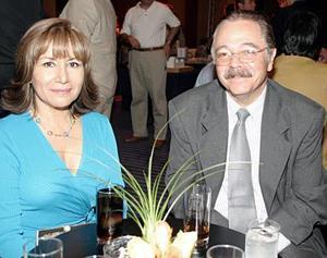 María Luisa de la Rosa y Eduardo Zermeño.