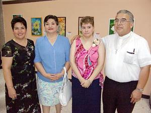 Nena de Ramos, Paty Ramos, Vero Soto y Tony Ramos.