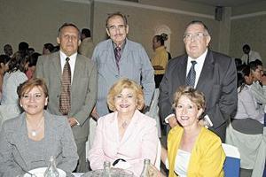 Minerva Lozada, Teresa Venegas, Gabriela Soto, José Villalobos, Enrique Riquelme y Fernando Rangel.