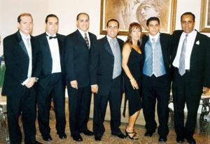 Eduardo, Antonio, Jorge, Armando Gabriela, Arturo y Teodoro Mercado Hernández, en pasado acontecimiento.