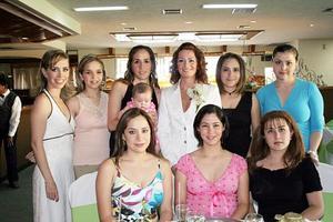 Lizeth de Helguera, Ale de Mijares, Vero Arizpe, Alejandra Aguiñaga Gutiérrez, Alicia Martínez, Mayra de De Cayón, Gaby Guajardo, Gaby del Del Río y Mónica de Villarreal.