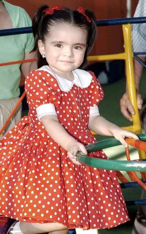 <b>21 de julio 2005</b><p> Luisa Marcela Jardón Boone, captada en la fiesta de cumpleaños que le ofrecieron.