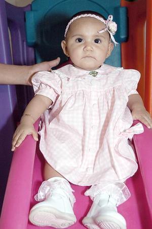 Astrid Anett Esparza, captada en reciente festejo infantil.