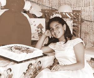 Estefhany Rosas Hurtado fue festejada por sus padres, Esteban Rosas y Rosario Hurtado, con motivo de su cumpleaños.