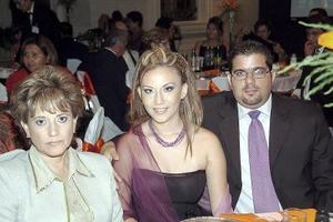 Blanca Medrano, Jéssica Jiménez y Jacobo Issa.