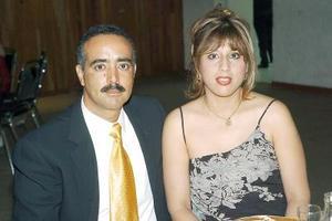 José Luis Chávez y Sandra Vázquez de Chávez.