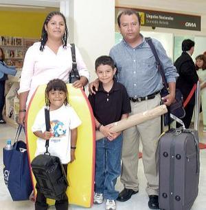 Alfredo Emiliano y familia.