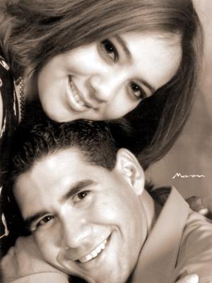 Javier Tinoco Elizondo y Liliana Gisela Ríos Mares