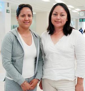 Marcela Vázquez y Lizbeth Dovalí viajaron con destino a Tijuana.