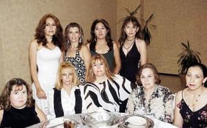 Lupita Urbieta, Beba Kim, Olga de Villarreal, Dolores de E., Vita Villarreal, Gaby Bravo, Alma Nieto y Gloria Villarreal