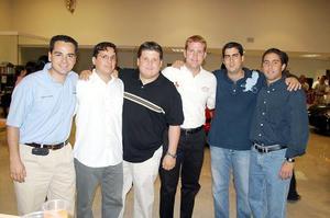 Alberto Gaytán, Jorge Espinoza, Carlos Noyola, Carlos Córdoba, Juan Pablo Murra y Ricardo Fernández, en reciente acontecimiento.