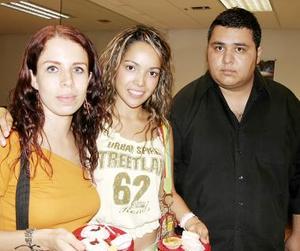 Miriam Rascol, Carolina Pérez y Hugo Ramírez.