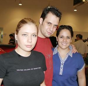 <b>24 de julio 2005</b><p> Montserrat Treviño, Ernesto Núñez y María Carman Mijares.