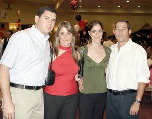 <b>26 de julio 2005</b><p>  Carlos y Alejandra Rebollo, Rafael y Gaby Tricio.