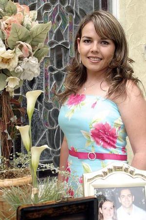 <b>25 de julio 2005</b><p> Érika Padilla Velasco disfrutó de su segunda despedida.