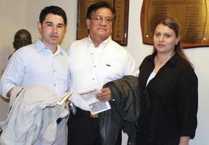 Juan Carlos Pérez, Humberto Rivera y Fabiola Rivera.