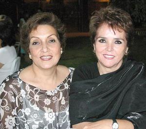 Martha M'c nally y Márgara  Romo.