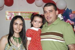 Luisa Marcela Jardón Boone festejó sus dos años de vida, junto a sus padres, Yani Jardón y Marcela Boone de Jardón.
