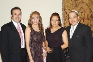 Ignacio Aguilera, Beatriz P. de Aguilera, Olga G. de Darwich y Jorge Darwich.