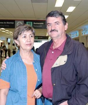 René Orozco y María Guadalupe Orozco viajaron a la Ciudad de México.