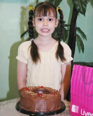 Jocelyn de la Cruz celebró recientemente su octavo cumpleaños, con un divertido convivio.