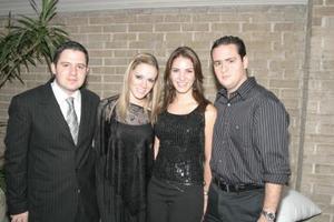 Faruk y Odila Fernández, Ana Lucía y Guillermo Humphrey.